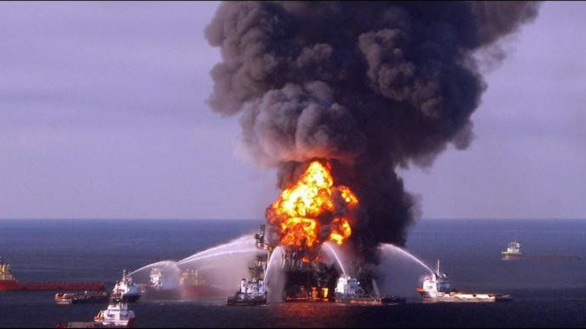 Preventing Industrial Accidents: How Does the Oil & Gas Manage Risk?