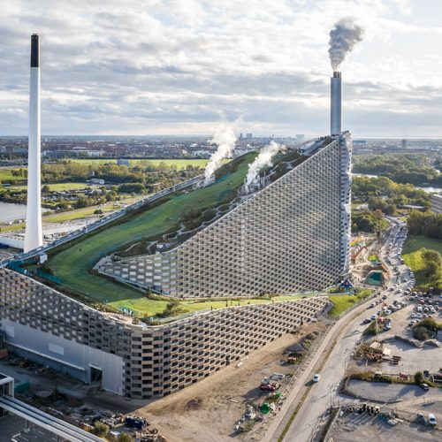 CopenHill: A Waste to Energy Plant With a Ski Slope