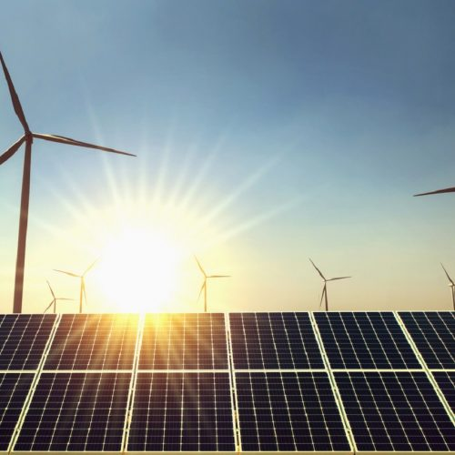 "IEA: ""Solar and Wind Are the Most Successful Renewable Technologies"""
